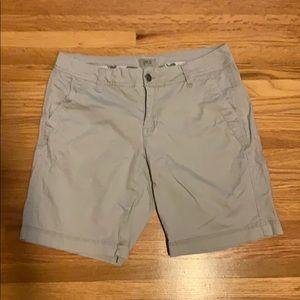 BKE grey shorts; Sz 27